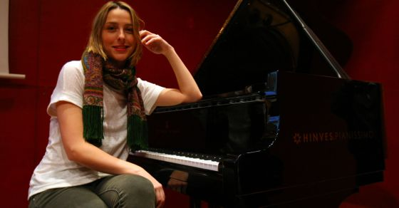 Judith Jauregui, retratada para El País por Fernando Domingo-Aldama