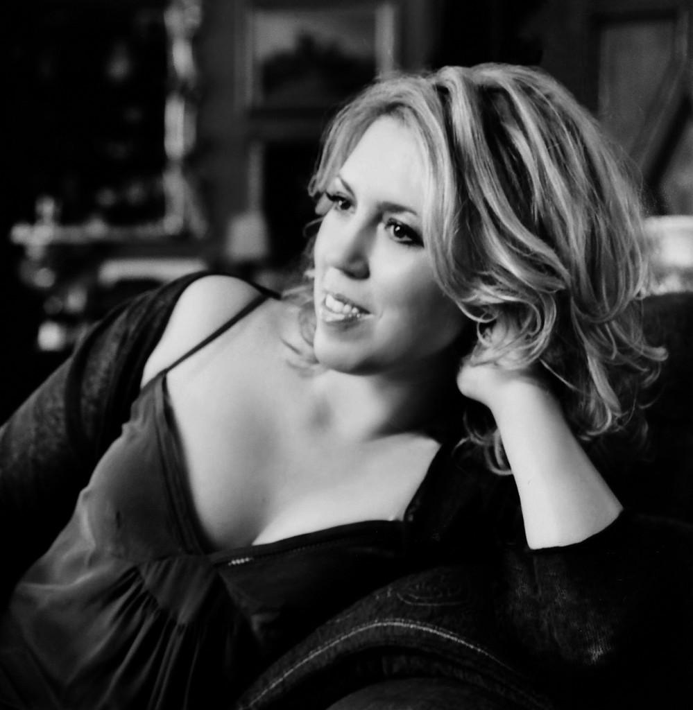 Gabriela Montero, pianista. Foto: © Sheila Rock