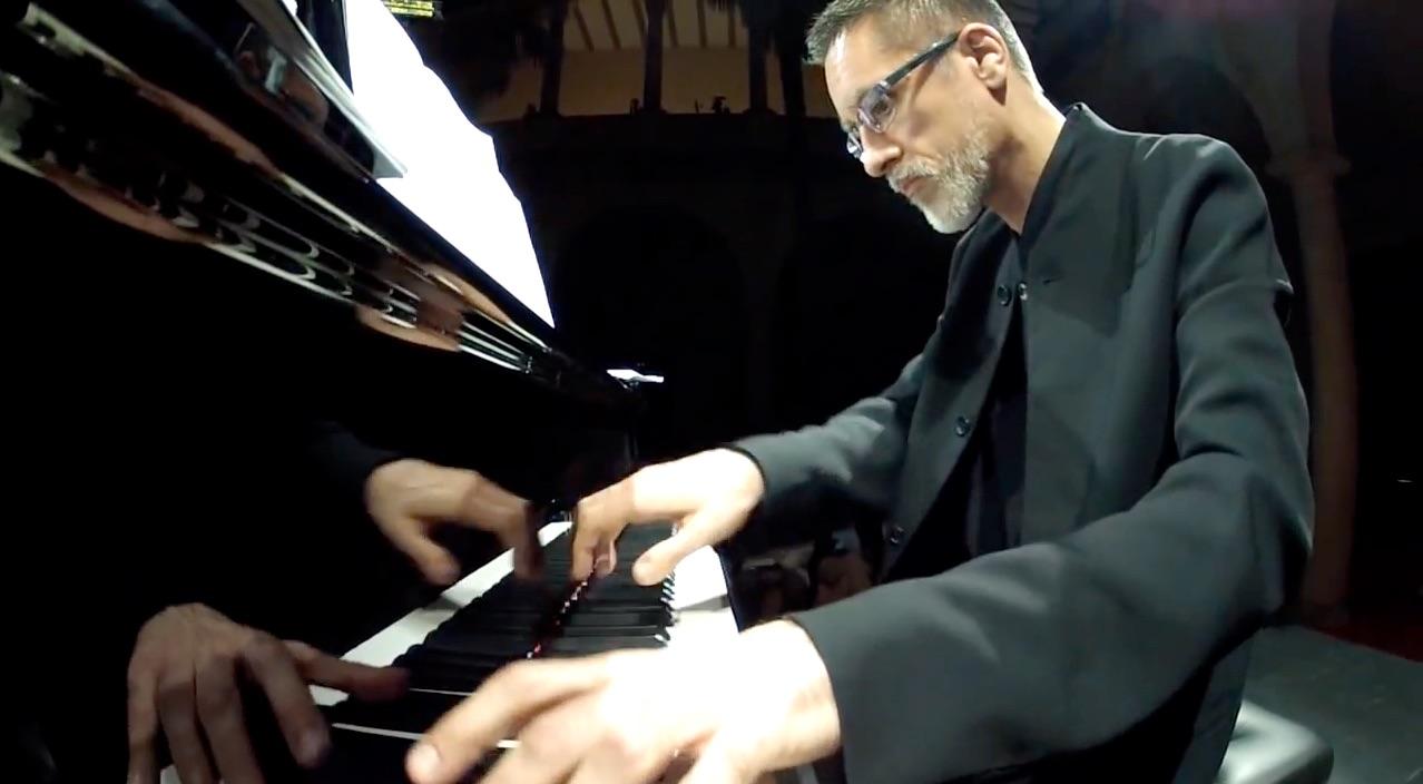 """Aurelio Viribay: """"El amor por la música y la palabra es imprescindible para acompañar cantantes"""""""