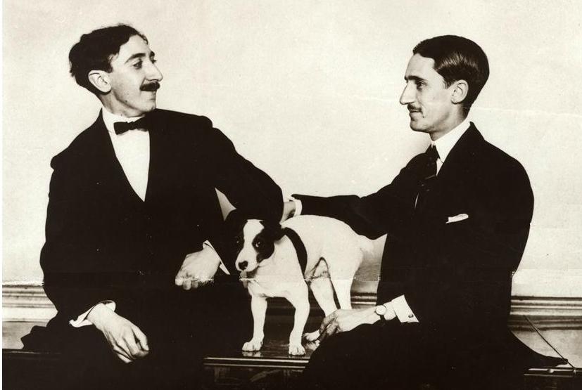 Jesús Guridi (izda) y José María Usandizaga en Bilbao, 1914. Foto: Eresbil (fragmento)