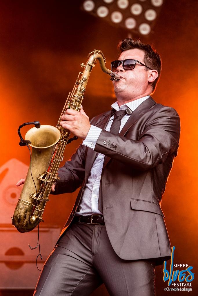 Alain Sancho, responsable de la arriga Big Band. Foto: ©Christophe Losberger / Sierre Blues Festival