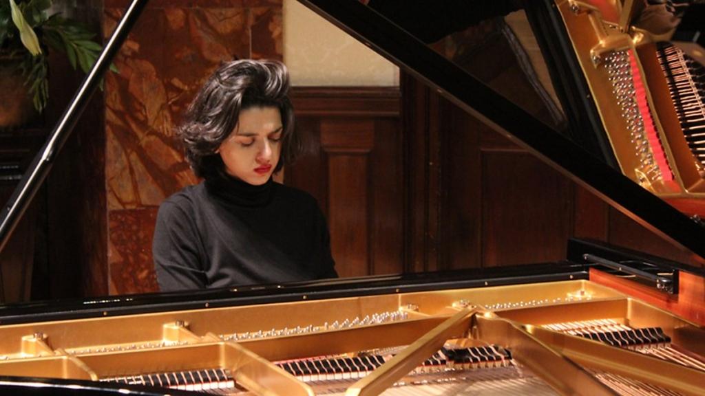 Khatia Buniathisvili abre la temporada de la Filarmónica. Foto: Benjamin Collingwood