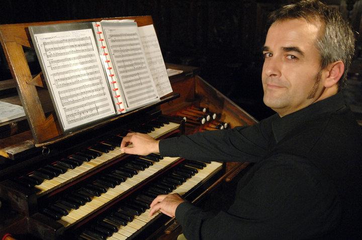 Música para un centenario: Aitor Olea en Larrea