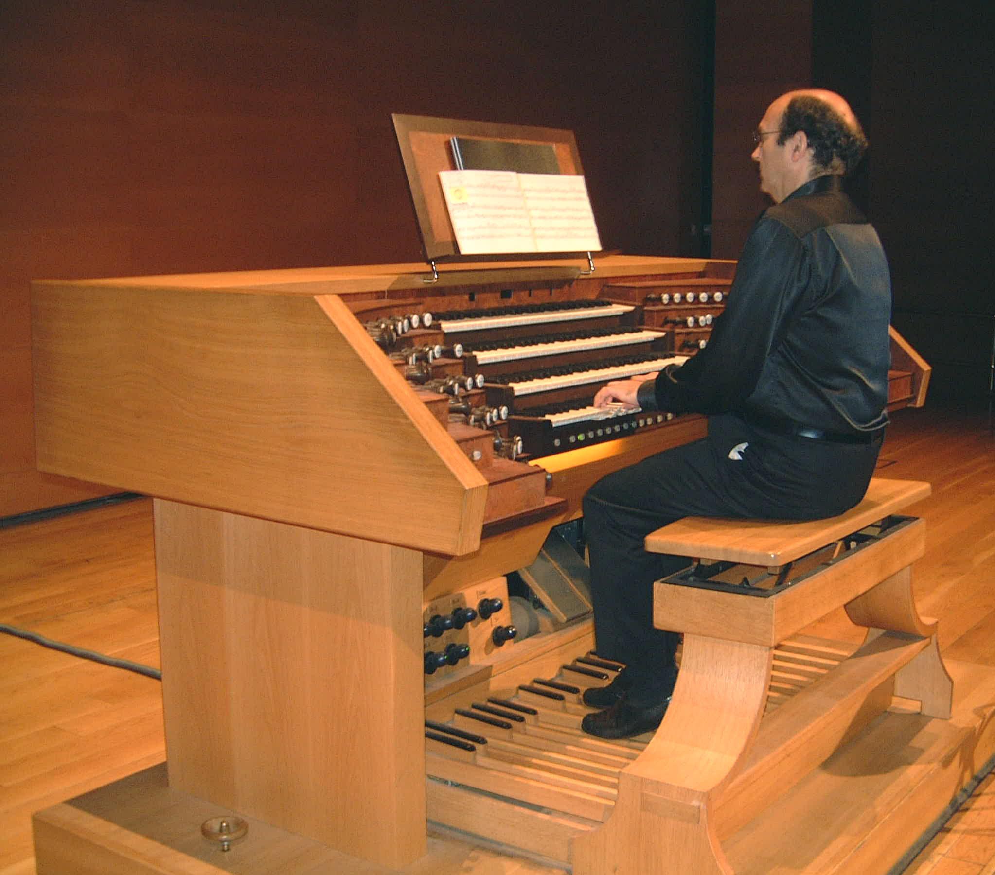 Centenario de J.M Usandizaga: Concierto de música vasca para órgano