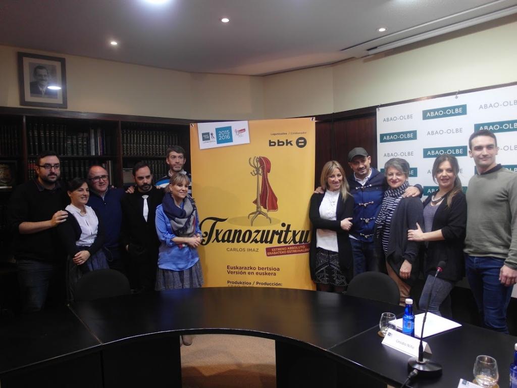 """Equipo artístico y elenco de """"Txanozuritxu"""""""