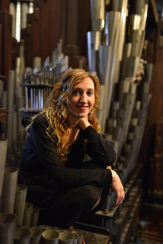 """Loreto Aramendi presenta su disco """"Transcriptions"""" en el órgano de Algorta"""