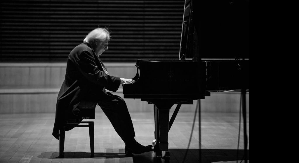Grigory Sokolov regresa a la Filarmónica. Foto: © Bartek Barczyk