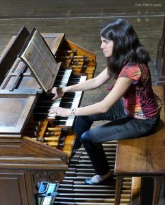 Miriam Cepeda, organista de la Basílica de Begoña - Foto Pablo Cepeda