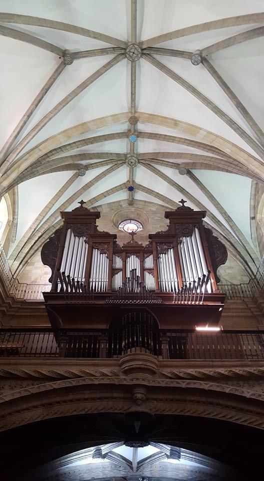 La BOS dirigida por Erik Nielsen ofrece un concierto en la Basílica de Durango con el organista Aarón Ribas