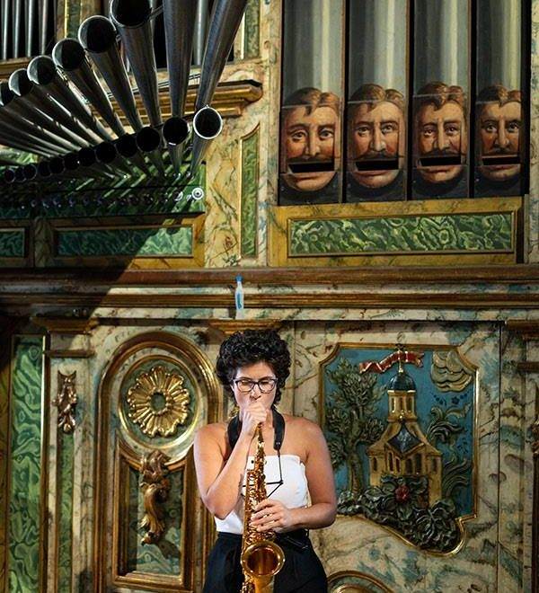 """""""Divertimentos con fundamento"""" – Órgano y saxofón para el concierto de Navidad de Abadiño."""
