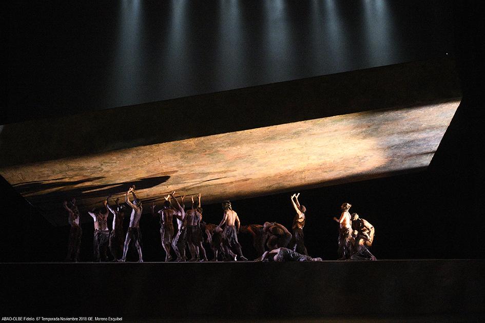 Fidelio: mil y una noches